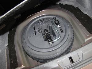 2013款1.5L 手动进取版 备胎