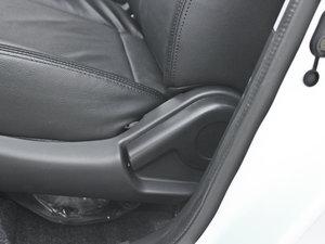 2011款1.5L 手动炫酷版B型 座椅调节