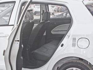 2011款1.5L 手动炫酷版B型 后排空间