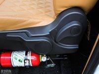 空间座椅吉利TX4座椅调节