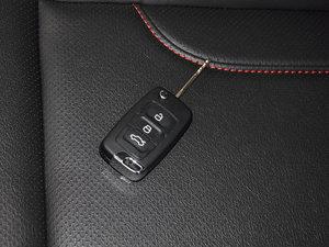 2015款经典版 1.8L 手动新都市型 国V 钥匙