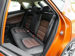 2016款优雅版 1.3T DCT臻尚型 后排座椅
