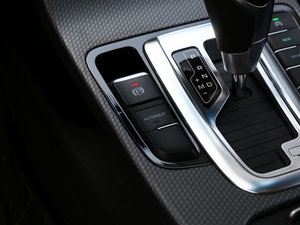 2016款优雅版 1.3T DCT臻尚型 驻车制动器