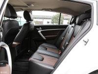 空间座椅帝豪RS后排空间