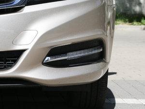 2017款EV300 精英型 雾灯