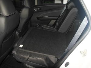 2017款1.5L 手动尊贵型 后排座椅放倒