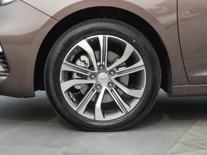 2018款1.4T 自动尊贵智联型 轮胎