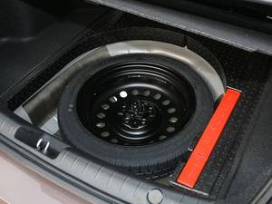 2018款1.4T 自动尊贵智联型 备胎