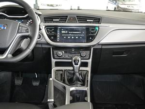 2018款1.8L 手动精英智联型 中控台