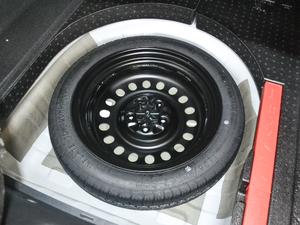 2018款1.8L 手动精英智联型 备胎