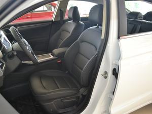 2018款1.8L 自动精英智联型 前排座椅