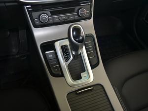 2018款1.8L 自动精英智联型 变速挡杆