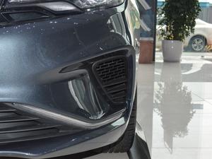 2018款1.8L 自动精英智联型 雾灯
