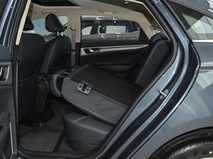 2018款1.8L 自动精英智联型 后排座椅放倒