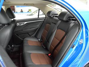 2018款1.5L 自动尊贵型 后排座椅