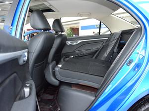 2018款1.5L 自动尊贵型 后排座椅放倒