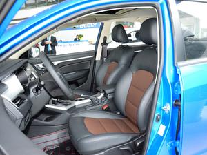 2018款1.5L 自动尊贵型 前排座椅