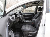 空間座椅帝豪EV前排空間