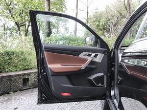 2018款1.8TD 自动两驱智尊型4G互联版 驾驶位车门