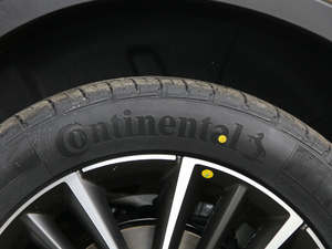 2018款1.8TD 自动两驱智尊型4G互联版 轮胎品牌