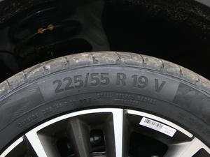 2018款1.8TD 自动两驱智尊型4G互联版 轮胎尺寸