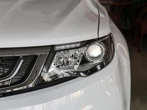 2018款1.8TD 自动两驱智雅型 头灯