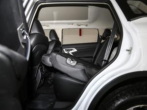 2018款1.8TD 自动两驱智雅型 后排座椅放倒