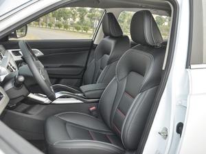 2018款1.8TD 手动两驱智雅型 前排座椅