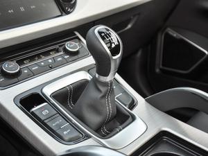 2018款1.8TD 手动两驱智雅型 变速挡杆