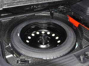 2018款1.8TD 自动两驱智联型4G互联版 备胎