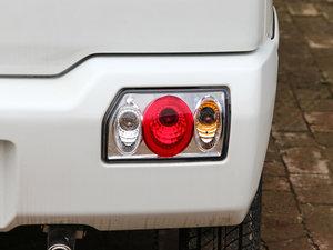 2015款1.4L 全能升级版 尾灯