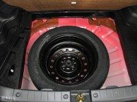 其它利亚纳A6两厢备胎