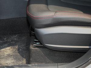 2017款1.6L 自动豪华型 座椅调节