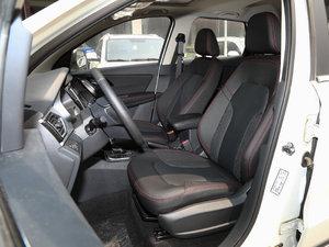 2017款1.6L 自动豪华型 前排座椅