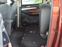 空间座椅御风P16后排座椅放倒