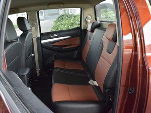2017款1.9T 手动四驱豪华型 后排座椅