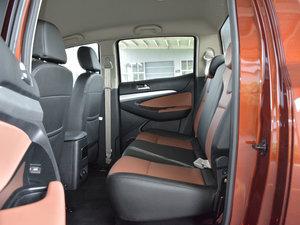 2017款1.9T 手动四驱豪华型 后排空间
