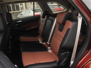 2017款1.9T 手动两驱豪华型 5座 后排座椅