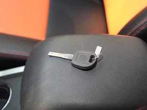 2017款2.4L 汽油两驱至尊版 钥匙