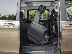 2018款V 260 L 尊贵加长版 后排座椅放倒