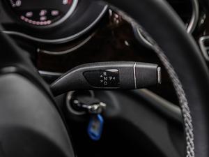 2018款V 260 L 尊贵加长版 变速挡杆