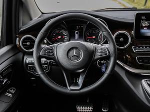 2018款V 260 L 尊贵加长版 方向盘