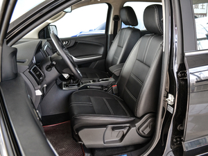 2018款2.5T 柴油两驱豪华型 大双 前排座椅