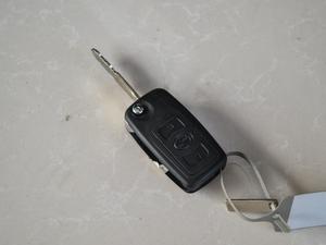 2018款2.5T 柴油两驱豪华型 大双 钥匙