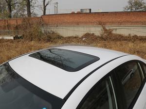 2019款1.5L CVT尊贵版 国V 车顶