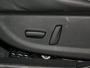 2016款235T 自动豪华版 座椅调节