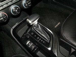 2016款235T 自动豪华版 变速挡杆