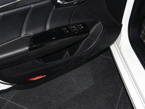 2016款235T 自动尊贵版 车门储物空间