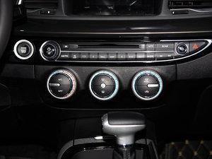 2016款235T 自动尊贵版 空调调节
