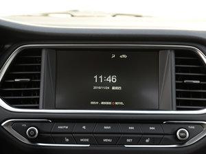 2017款235T 自动两驱豪华智联版 中控台显示屏